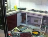 2013年7月19日瑞安东山佳鸿芝园一住户家中厨房发生爆炸